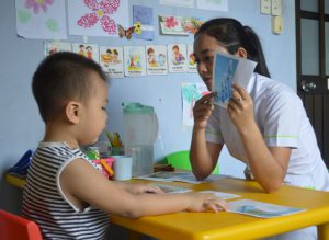 Speech and language therapy at the Family Doctor Clinic at Pham Ngoc Thach University of Medicine